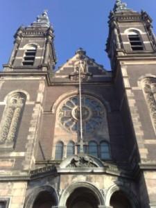 Bažnyčios tarnai ir toliau lieka VIP'ais